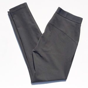 GAP Hi-Rise Clean Legging in Rich Olive Size Small
